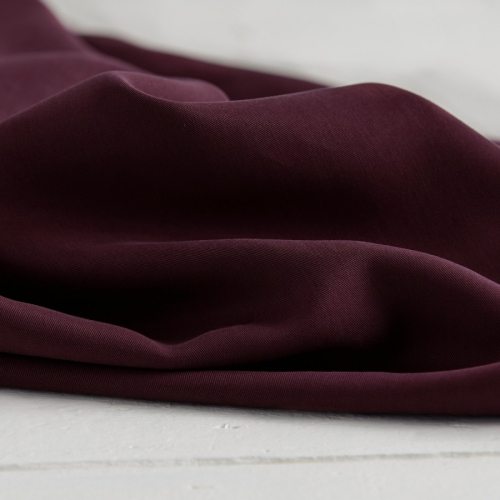 MEET MILK Tencel Twill Medium Maroon